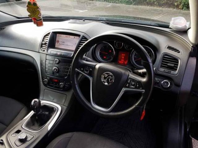 Sprzedam Opel Insygnia 2.0 - 2/4