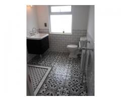 Podejmę się zleceń na łazienki kuchnię ogólne remonty domów