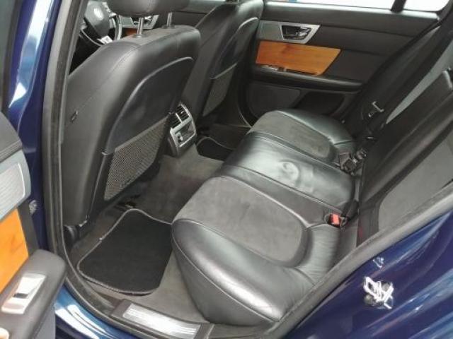 Jaguar XF 2012r. 90k.  2.2 TDI - 3/3
