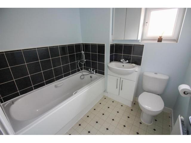 Dom 2 bed, Harlow (Essex) CM20 1AW - 3/10