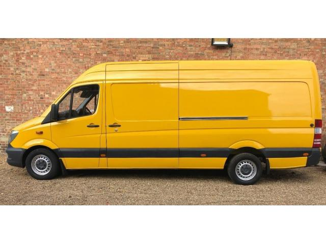 Removal Service Man and Van - 1/2