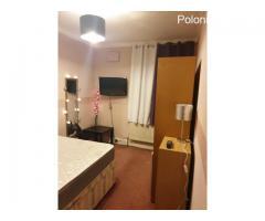 Pokój jedynka z podwójnym łóżkiem w czystym zadbanym mieszkaniu.  £140 za tydzien